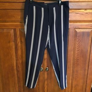 Juicy Couture Ankle Navy Pants  100% Silk Sz 10